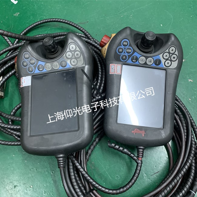 机械设备维修 ABB示教器维修3HAC028357-001无显示维修